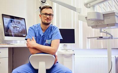 Welches Gehalt ist für einen angestellten Zahnarzt Marktgerecht?